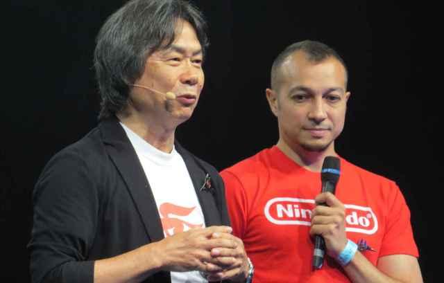 Shigeru Miyamoto, créateur de Mario, et Grégoire Hellot, traducteur et directeur de collection chez Kurokawa. - J. Metreau / 20 Minutes